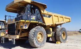 Caterpillar 773E Rigid Dump Truck (2014) RD6531_01