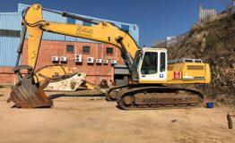 Liebherr R944 Excavator